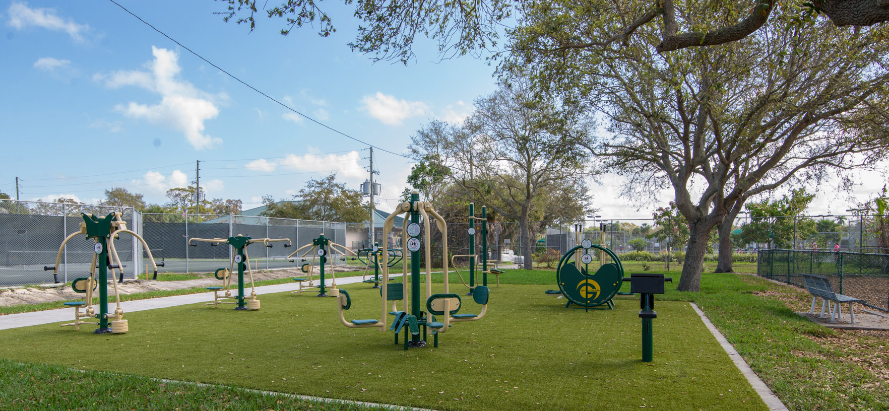 Bartlett Park Exercise Zone equipment